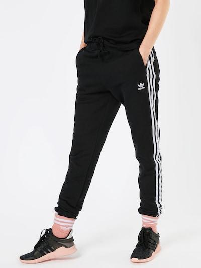 ADIDAS ORIGINALS Broek 'REGULAR TP CUF' in de kleur Zwart / Wit, Modelweergave