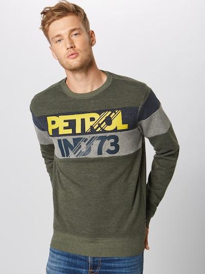 Petrol Industries Sweatshirt in de kleur Kaki: Vooraanzicht