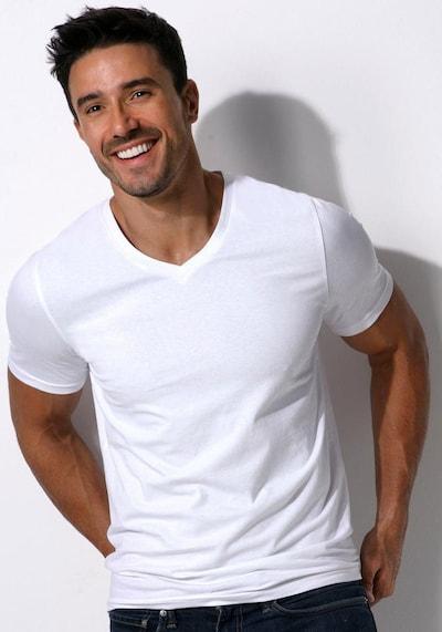 BRUNO BANANI T-Shirt V-Ausschnitt (3 Stück) in weiß, Modelansicht