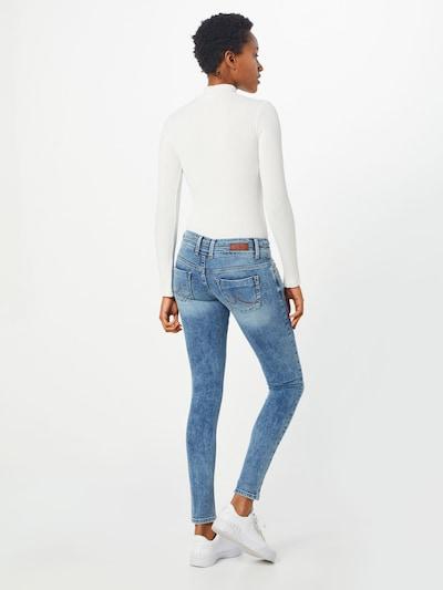 Jeans 'JULITA X' LTB pe denim albastru: Privire spate
