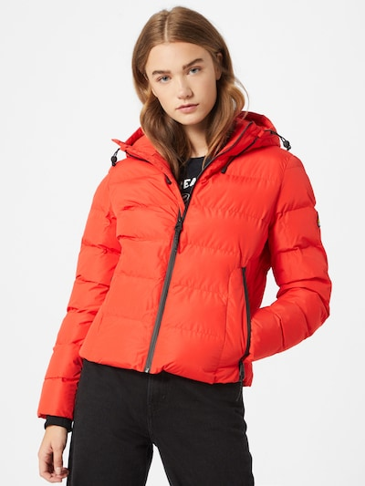 Superdry Jacke in rot, Modelansicht