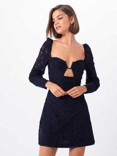 Suknelė 'FRULIA' iš Fashion Union , spalva - juoda: Vaizdas iš priekio