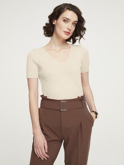 heine Pullover in ecru, Modelansicht