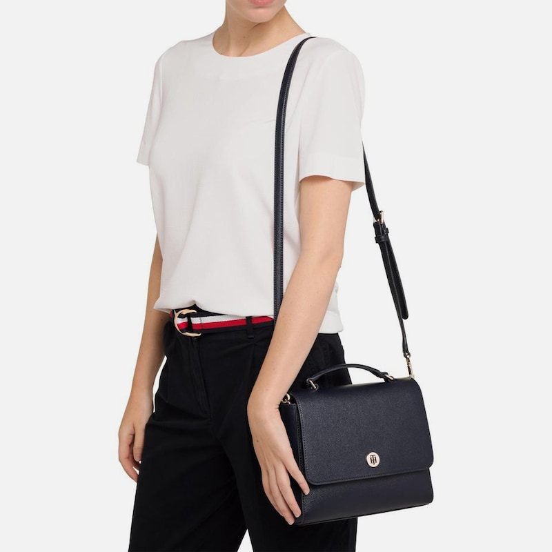 Umhängetasche Honey Flap Crossbody Bag Black