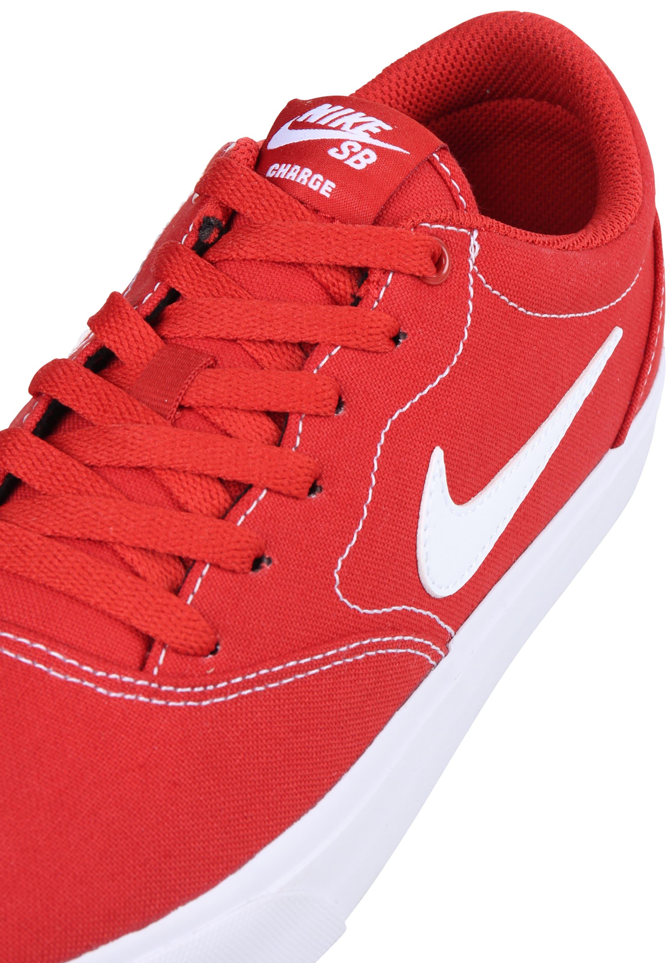 Nike SB Sneaker 'Charge' in blutrot