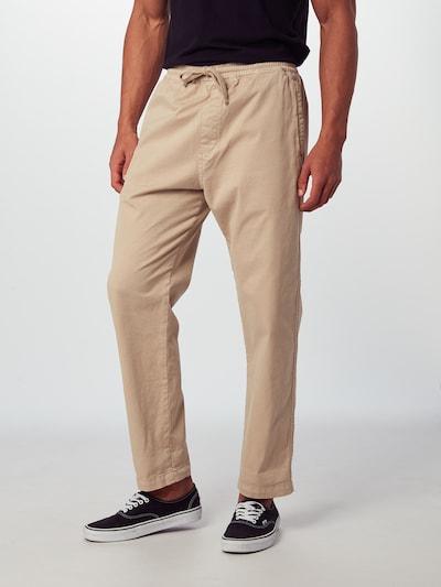 Pantaloni 'Lawton' Carhartt WIP pe bej, Vizualizare model