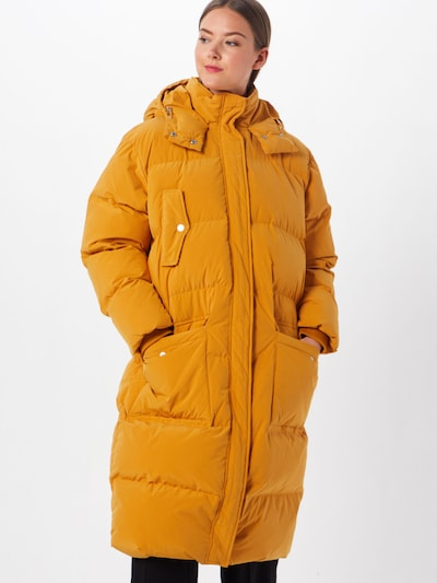 SECOND FEMALE Zimní kabát 'Spin Coat' - žlutá, Model/ka