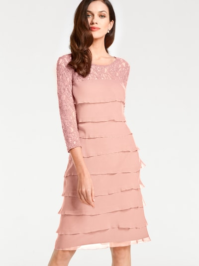 heine Cocktailjurk in de kleur Zalm roze / Pasteloranje, Modelweergave