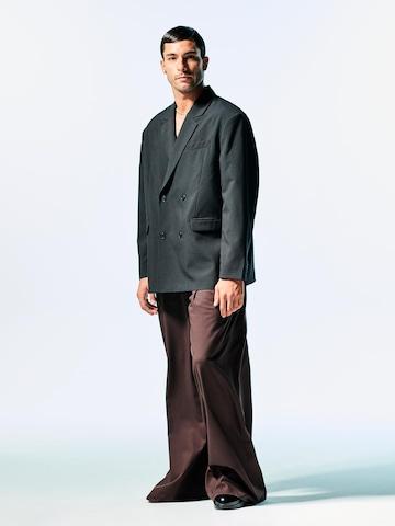 Elegant Wide Pants Look