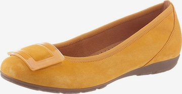 GABOR Ballet Flats in Yellow