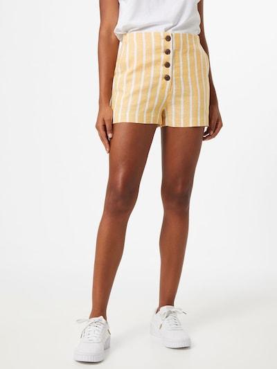 Pimkie Shorts 'Papulco' in goldgelb / weiß, Modelansicht