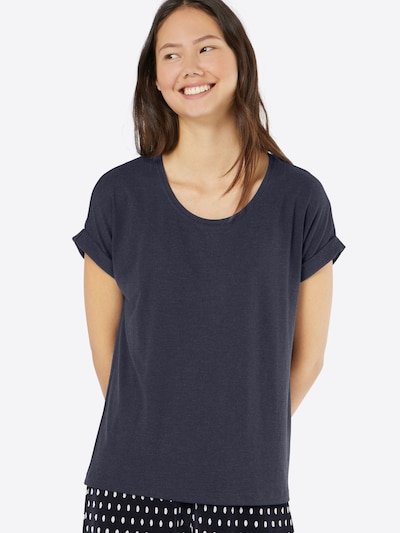Tricou ONLY pe navy, Vizualizare model