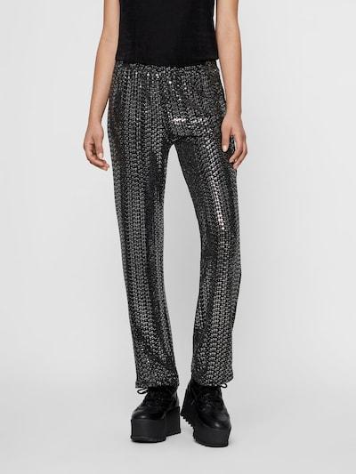 PIECES Pailletten Hose in schwarz, Modelansicht