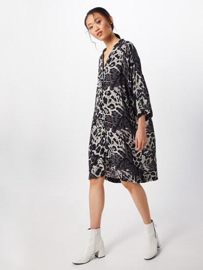 Masai Kleid 'Nakata' in hellgrau / dunkelgrau / schwarz, Modelansicht
