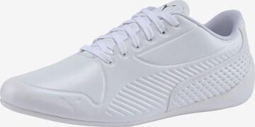 Baskets basses PUMA en blanc