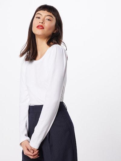 GAP T-Krekls 'LS COZY PUFF' pieejami balts, Modeļa skats