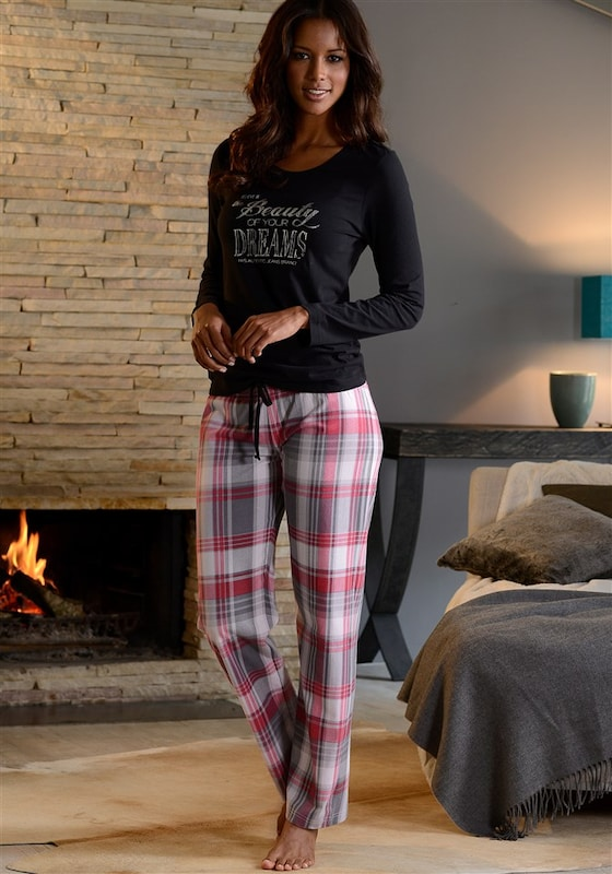 His Cozy Pajama With Front Print With Gloss Details