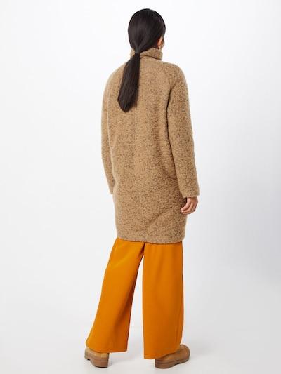 Rudeninis-žieminis paltas 'Hoff' iš Samsoe Samsoe , spalva - rusvai žalia: Vaizdas iš galinės pusės