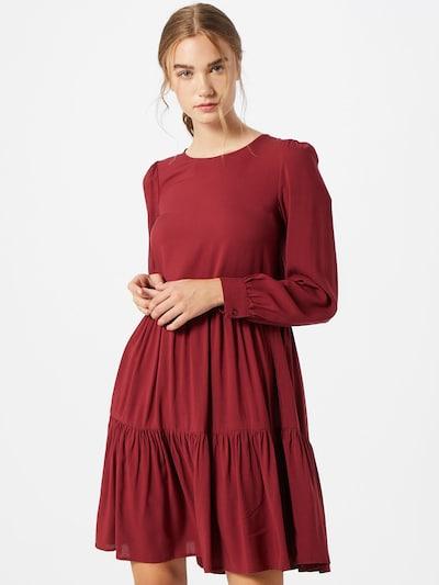 VERO MODA Robe 'Nads' en rouge, Vue avec modèle