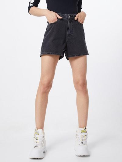 Dr. Denim Shorts 'Jenn' in black denim, Modelansicht