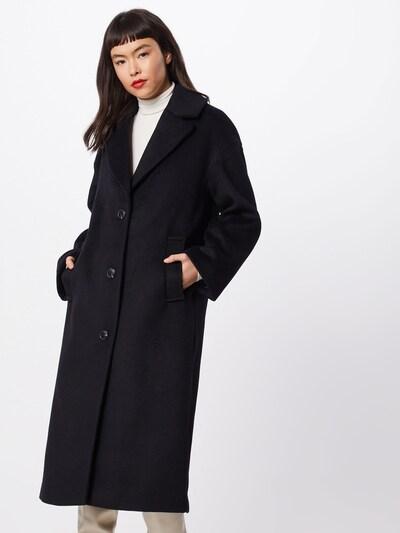 Rudeninis-žieminis paltas iš GAP , spalva - juoda, Modelio vaizdas