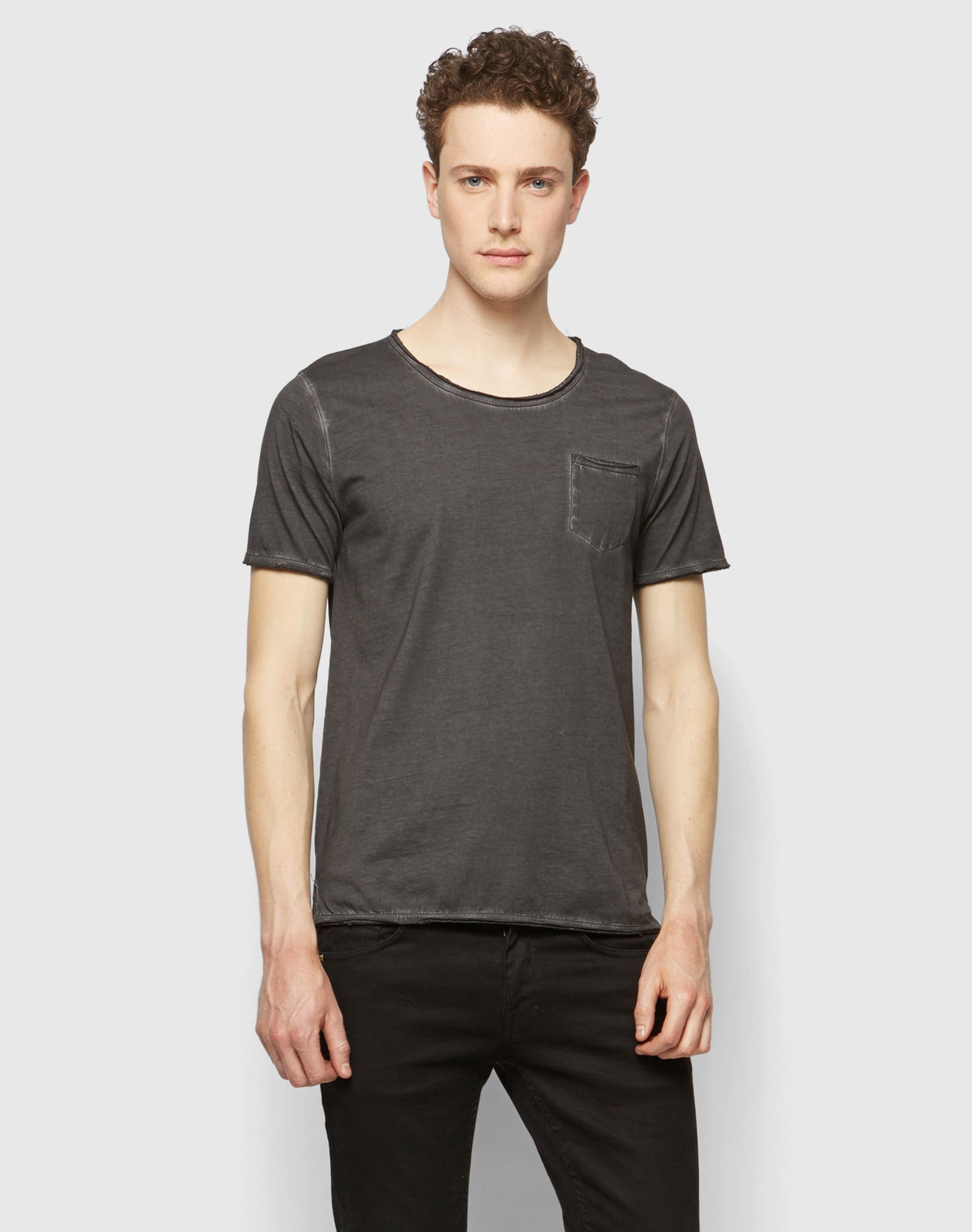 CINQUE T-Shirt mit Brusttasche 'Cirico' Spielraum Große Überraschung Rabatt Suche Spielraum Günstig Online Die Billigsten Kostenloser Versand Shop 1JRujsCY
