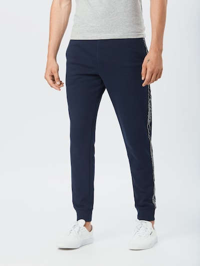 Pantaloni Champion Authentic Athletic Apparel pe navy / negru / alb, Vizualizare model