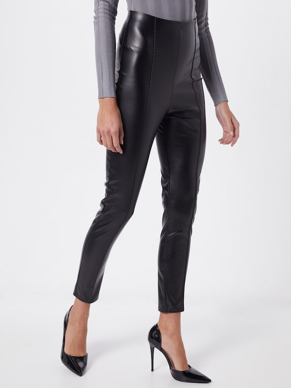 Missguided Leggings in schwarz, Modelansicht