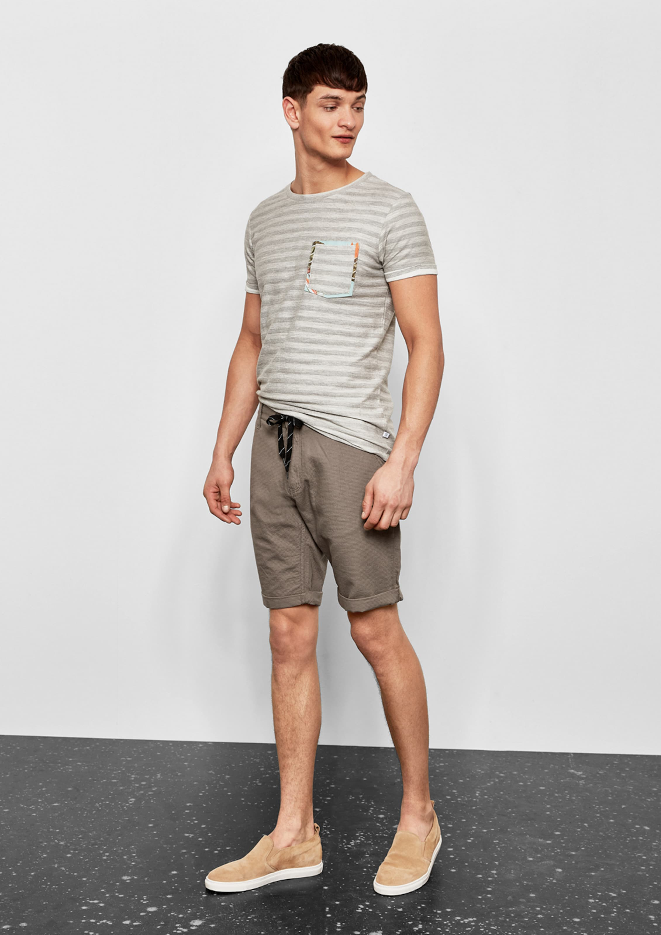 In s Designed Q Greige Shorts By zVLSUMGqp