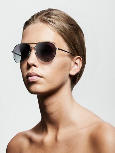 Pilgrim Sonnenbrille ' Nani' in grau: Frontalansicht