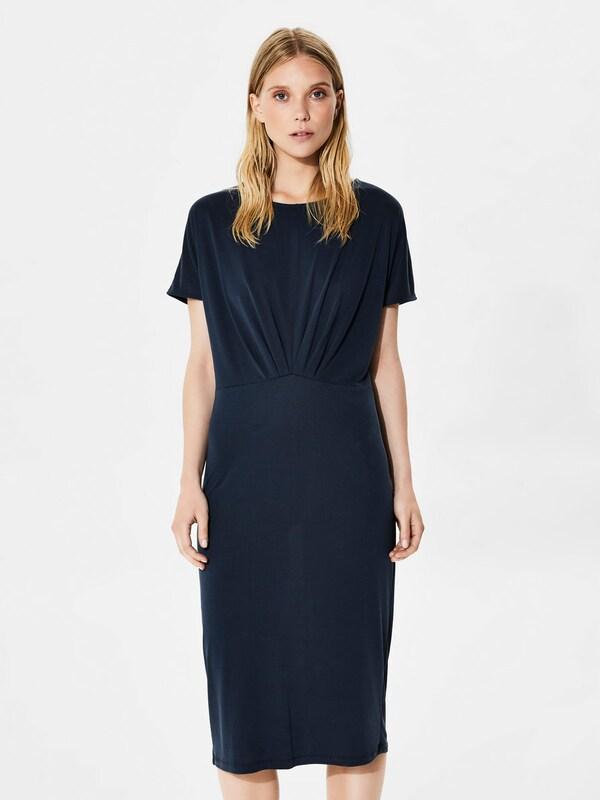 selected femme modalmix kleid mit kurzen rmeln in blau. Black Bedroom Furniture Sets. Home Design Ideas