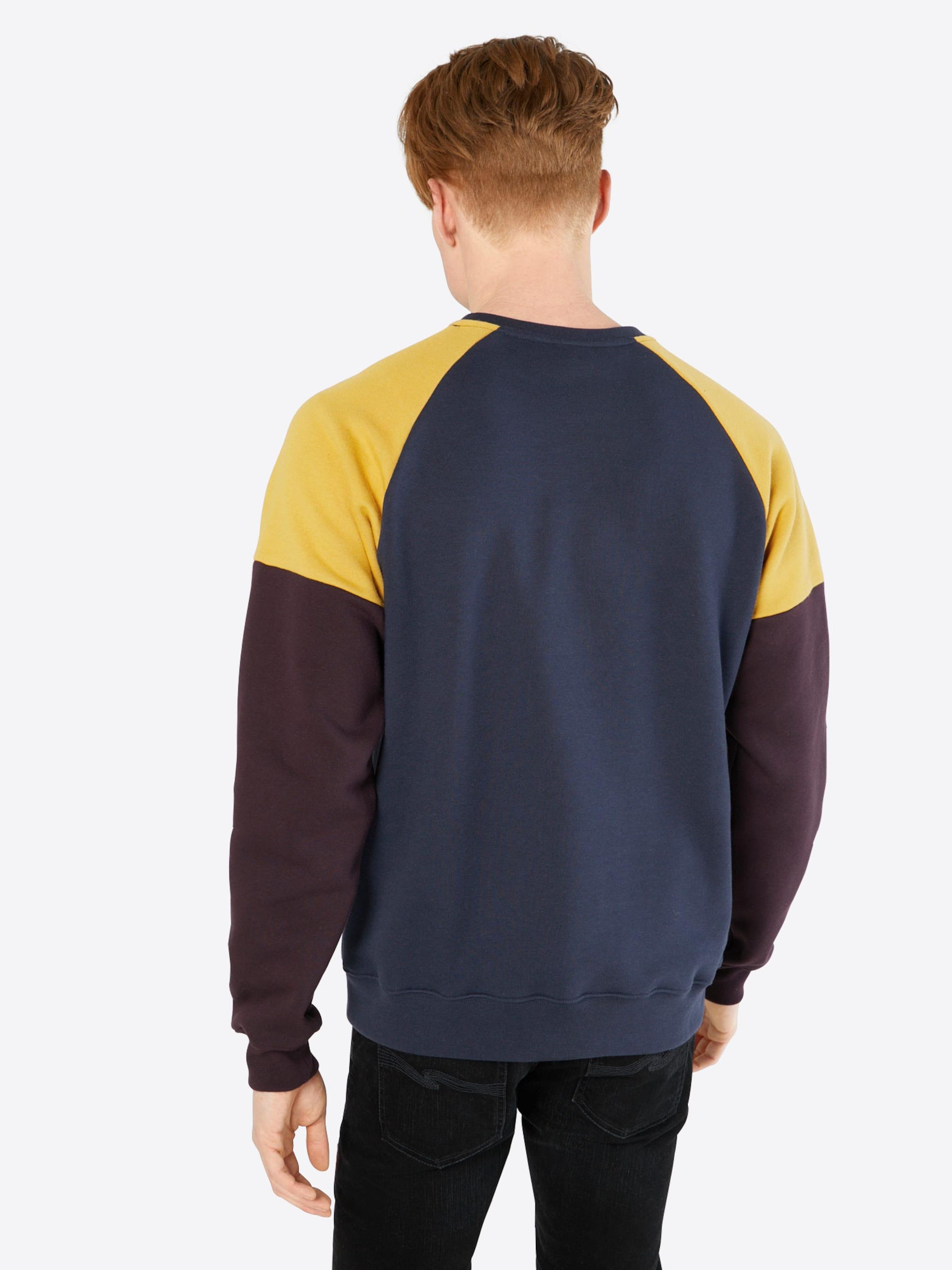 Iriedaily Sweatshirt 'Chump Crew' Verkauf Aus Deutschland HNa9MM3