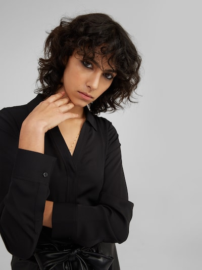 EDITED Halenka 'Kim' - černá, Model/ka