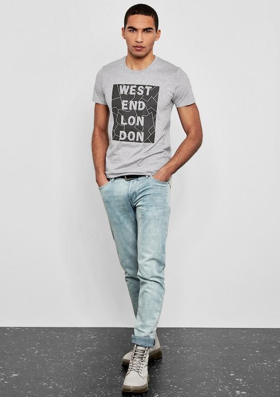 Q/S designed by T-Shirt mit 3D-Schriftzug