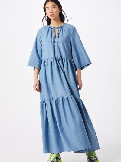 SELECTED FEMME Robe oversize 'JOY' en bleu, Vue avec modèle