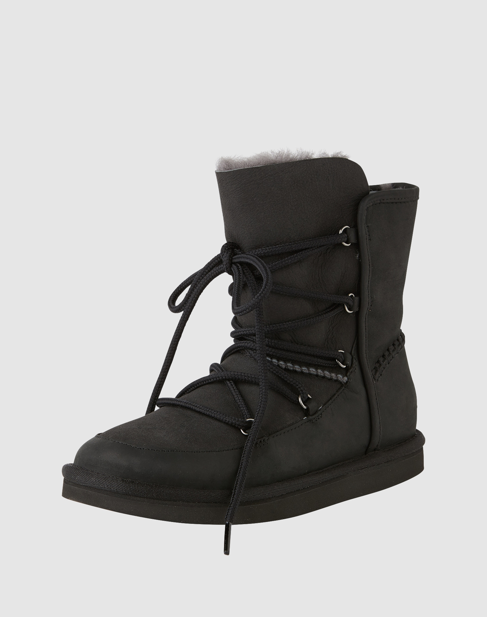 ugg snowboots mit schn rverschluss 39 lodge 39 in schwarz about you. Black Bedroom Furniture Sets. Home Design Ideas