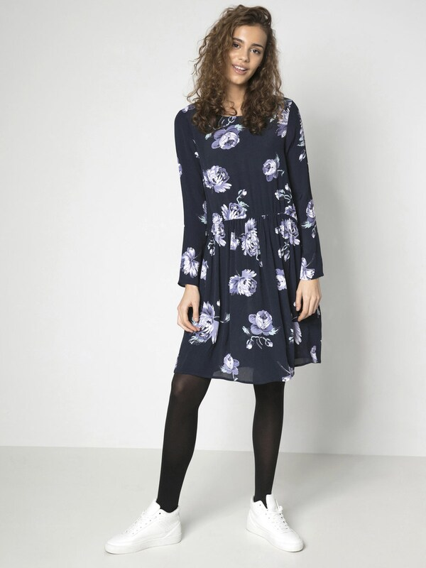 Pieces Sleeved Basic-dress