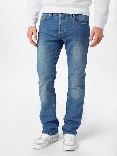 DIESEL Jeans 'Safado-X' in de kleur Blauw denim, Modelweergave