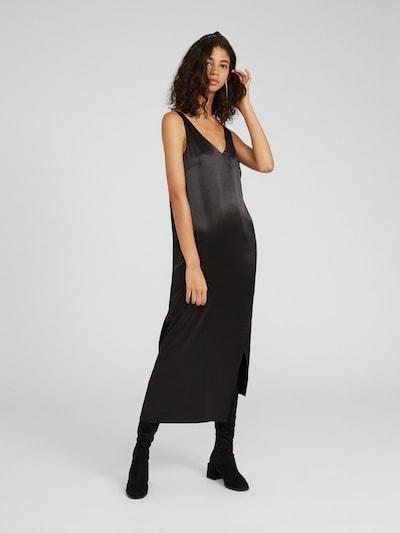 EDITED Robe 'Lu' en noir, Vue avec modèle