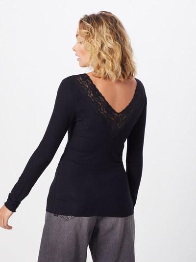 Marškinėliai iš PIECES , spalva - juoda: Vaizdas iš galinės pusės