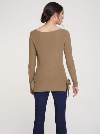 heine Džemperis pieejami kamieļkrāsas: Aizmugures skats