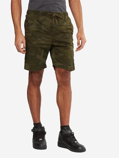 Urban Classics Kalhoty - zelená / olivová, Model/ka