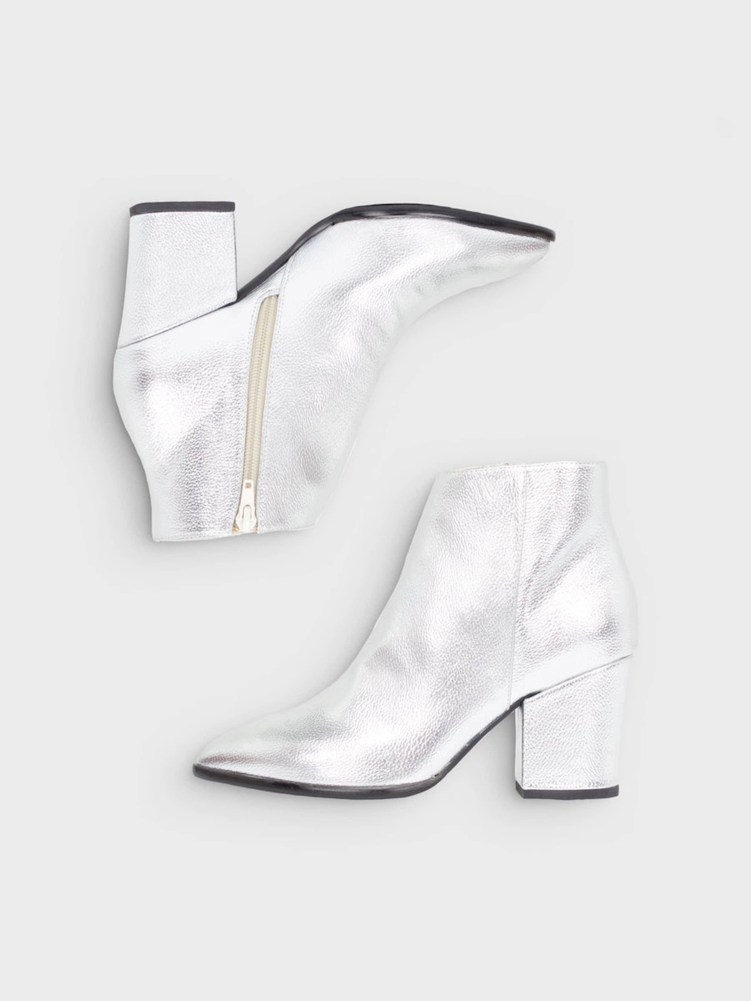 Bianco Klassische Stiefel Webseiten Rabatt Empfehlen Erscheinungsdaten Günstigen Preis Bester Verkauf Günstiger Preis Store 2lMZkmyd
