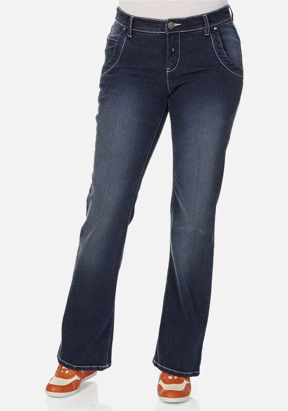 sheego denim Bootcut Jeans mit aufregenden Details