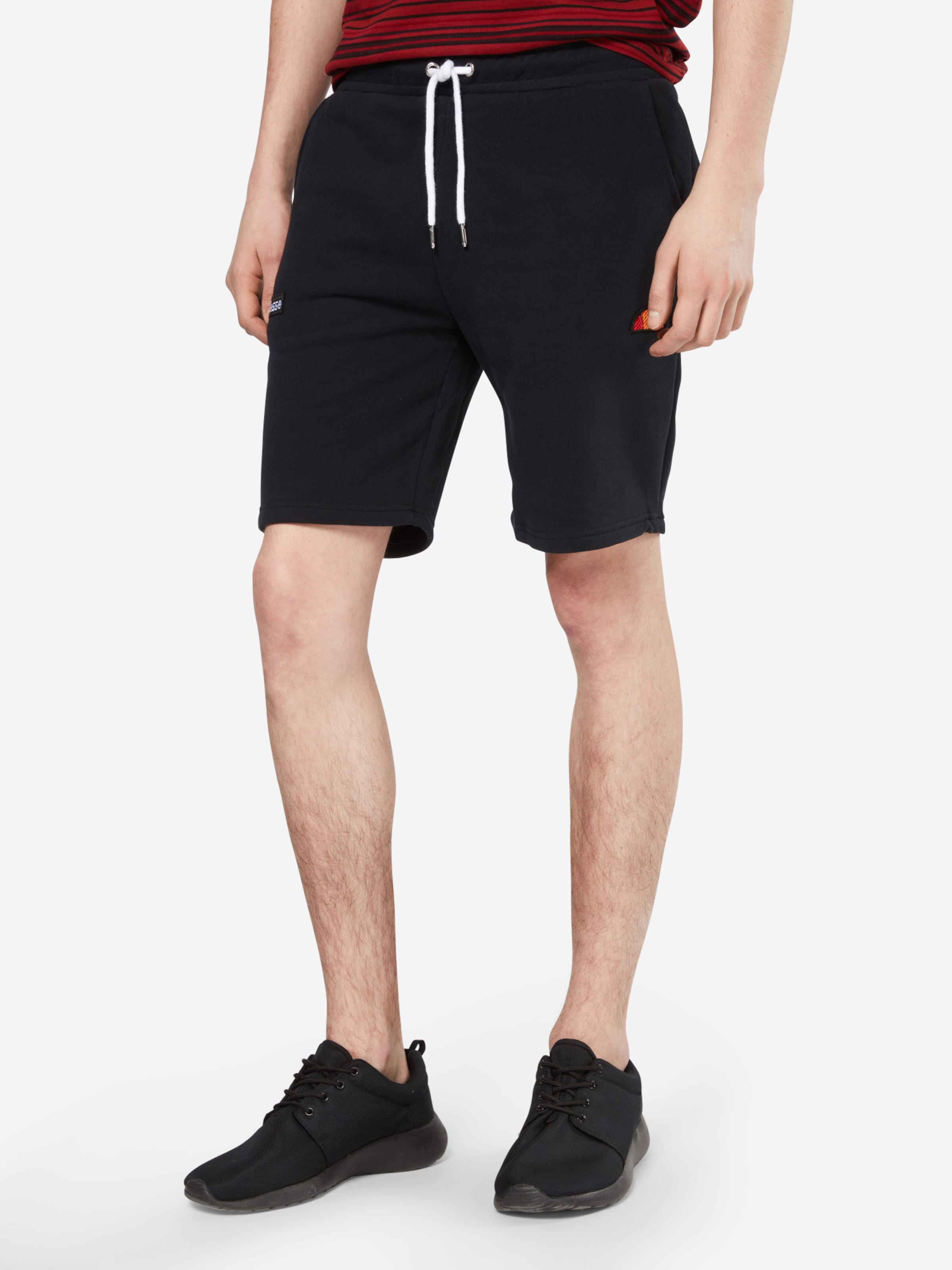 Rabatt-Shop Offiziell ELLESSE Sweat-Shorts 'NOLI' Mc0539lCd