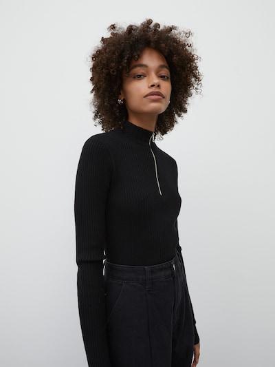 EDITED Tröja 'Alison' i svart, På modell