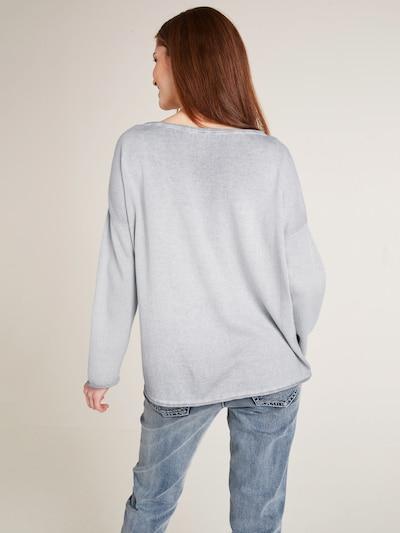 heine Sweter w kolorze szarym: Widok od tyłu