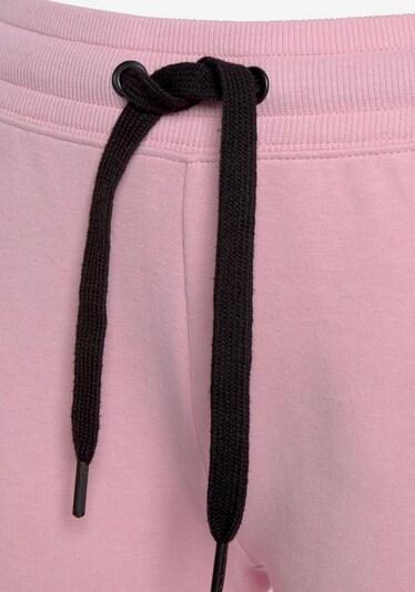 BENCH Shorts in rosa / schwarz, Produktansicht