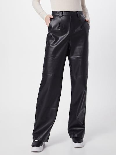 NA-KD Spodnie w kolorze czarnym, Podgląd na modelu(-ce)