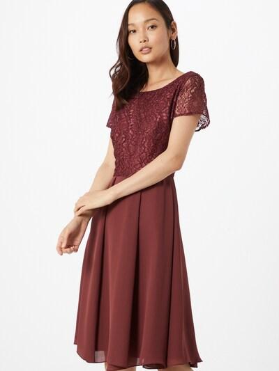 SWING Kleid in blutrot, Modelansicht